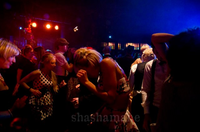 dancing in the spiegeltent