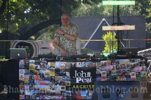 john peel archive at the future radio stage and a very happy dave :)