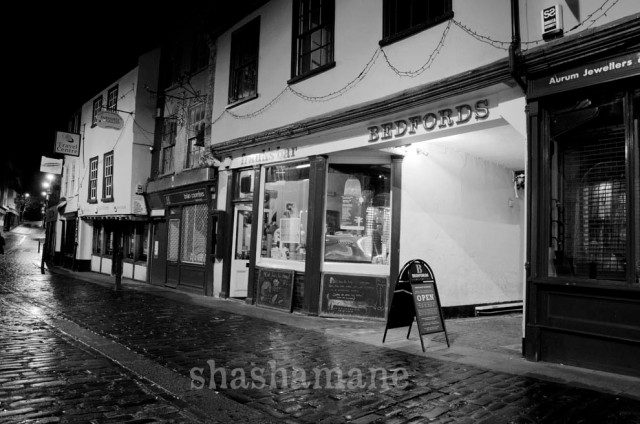 bedford street, frank's bar and bedfords