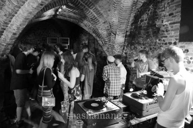 bedfords crypt