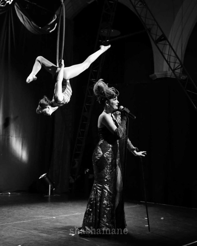 Lili La Scala sings whilst Daisy Fox performs the most beautiful and balletic acrobatic accompaniment