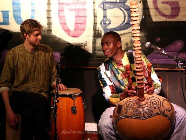 Sefo Kanuteh & Meriya at The Blueberry
