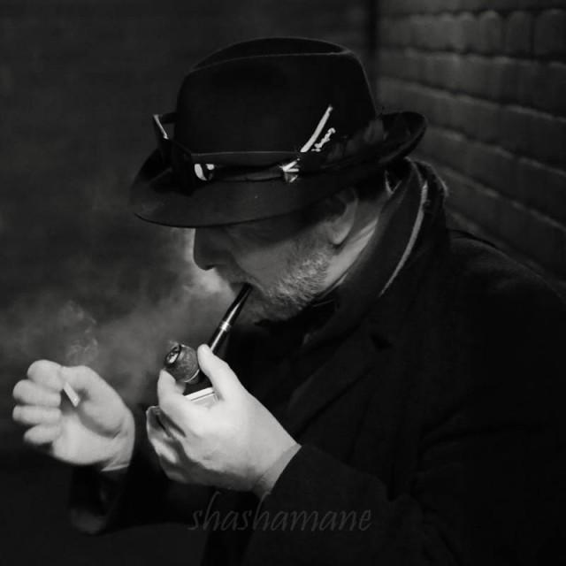the pipe smoker