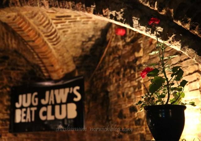 Jug Jaw's Beat Club