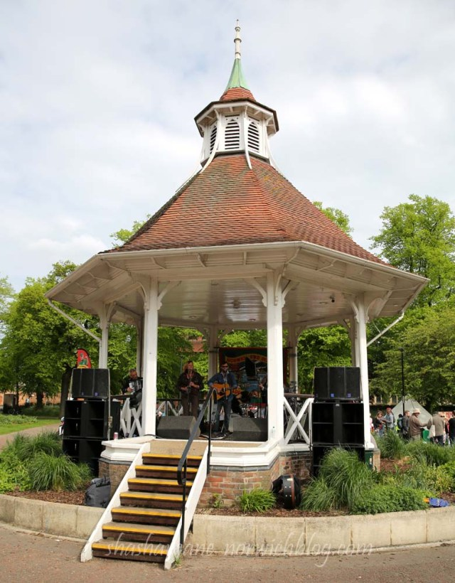 The Vagaband in the Bandstand