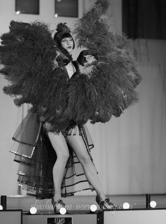 gossamer thread's curious cabaret 10