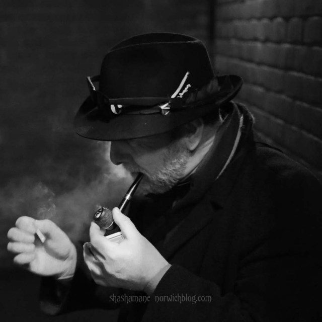 The Smoking Detective (c) shashamane