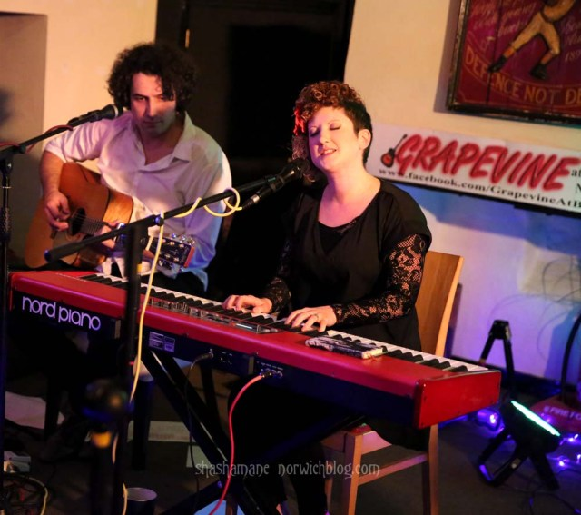 Rebecca De Winter, with Dan Whitehouse (c) shashamane