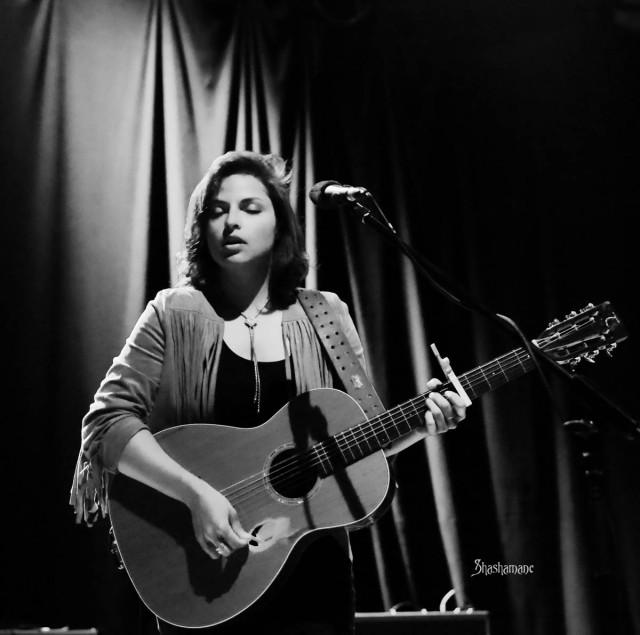 Danni Nicholls (c) shashamane 2015