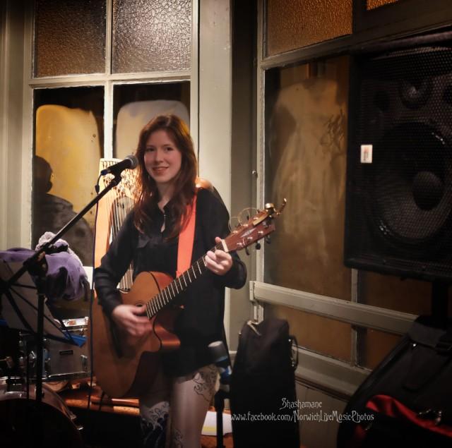 Robyn Astrid (c) shashamane 2015