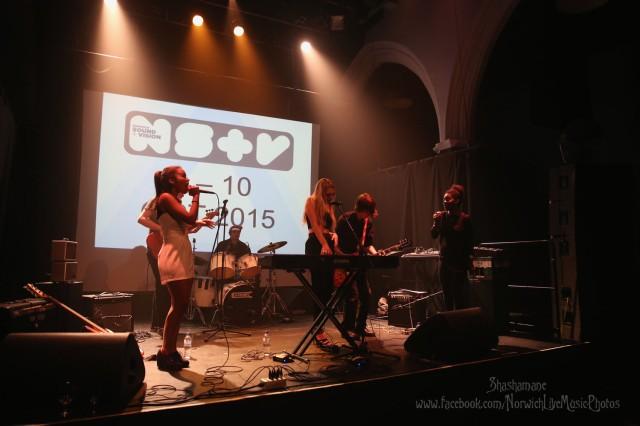 Vibes  (c) shashamane 2015
