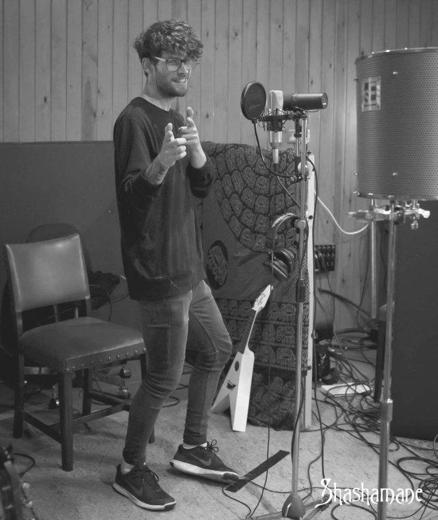 hot raisin in the studio