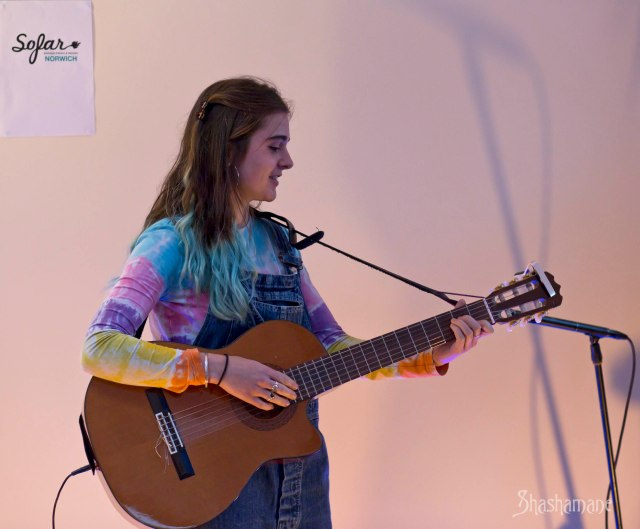 sofar sounds, phoebe troup