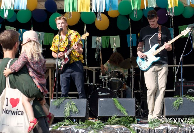 Norwich Lanes Garden Party, Gladboy